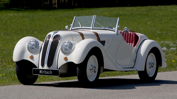 Historische Automobiel Vereniging - oldtimer van de maand november